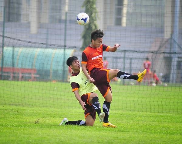 Vỡ đầu gối, Tuấn Tài có nguy cơ bị loại khỏi U23 VN